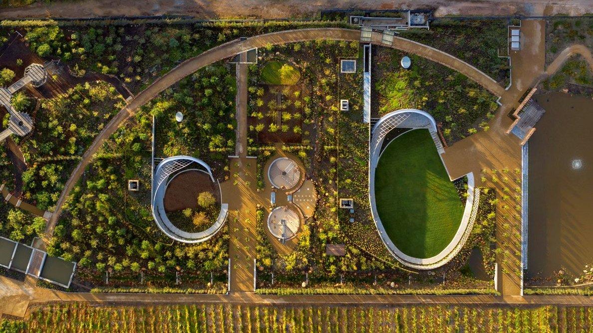 Aerial view of the garden café.