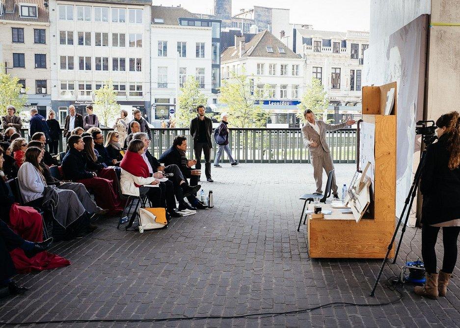 Tom Holbrook presents in Ghent
