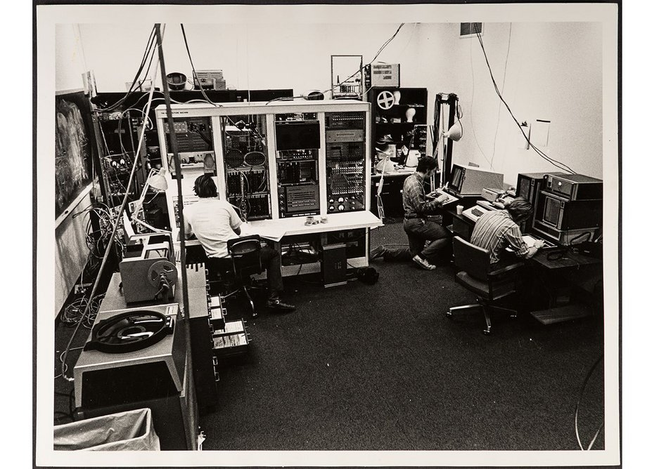 The shared Architecture Machine Group space, which hosted multiple concurrent experiments including many that focused on early forms of artificial intelligence, c 1969.