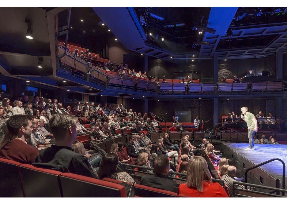 It is intimate for the audience whereas in the proscenium arch configuration there are more seats and the end stage creates a little more distance betweens players and those watching. Chester Storyhouse, Bennetts Associates.