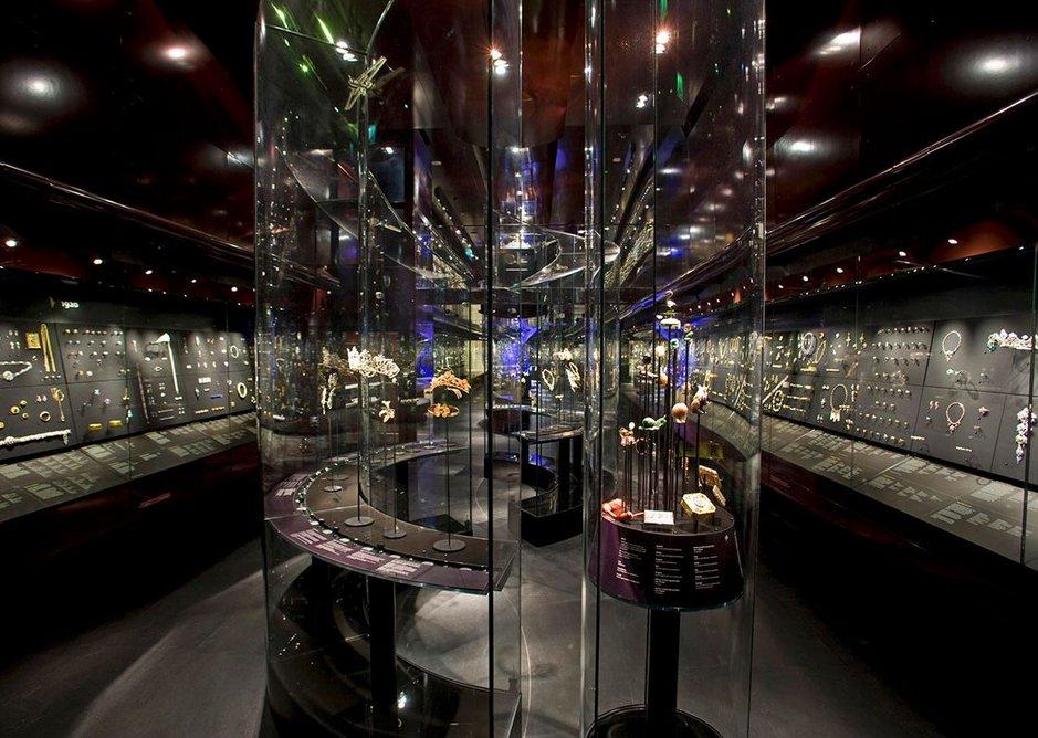 The Bollinger Jewellery Gallery, Victoria & Albert Museum, London, designed by Eva Jiřičná Architects, 2008.