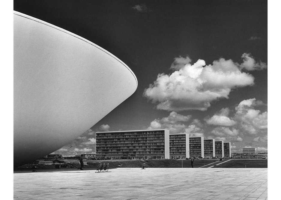Chamber of Deputies and National Congress buildings, Eixo Monumental, Brasilia, 1957-1960, designed by Lucio Costa, Oscar Niemeyer and Roberto Burle Marx.