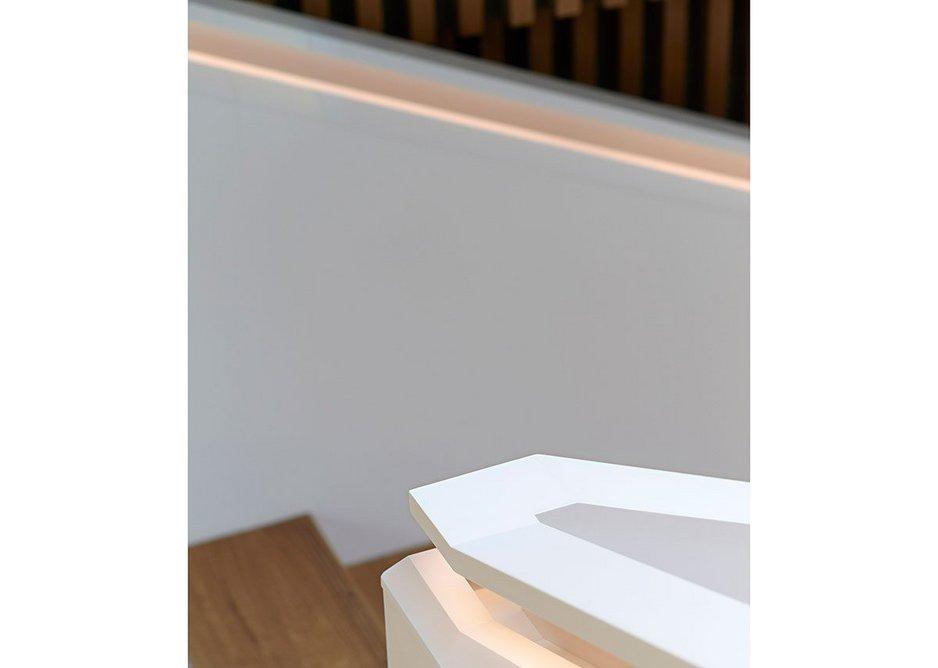 Handrail in HI-MACS Alpine White.