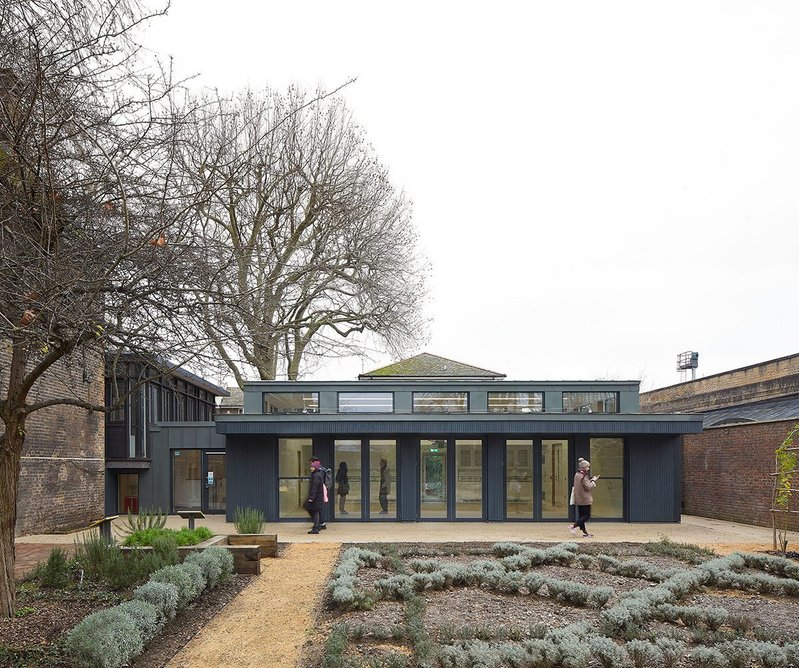 Learning Pavilion/events room, one of two new garden buildings designed by Wright & Wright. The pavilion opens onto both the main garden and the herb garden.