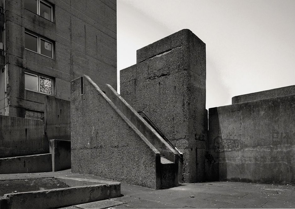 Balfron Tower playgound, 2015 (Credit Assemble and Simon Terrill, 2015).