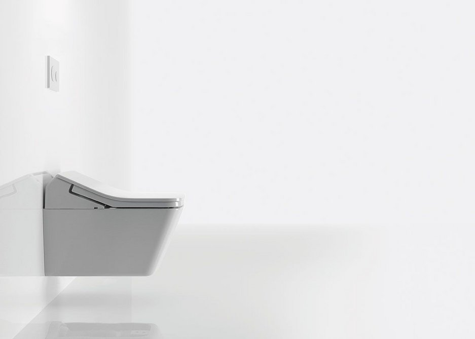 A pre-mist function helps maintain the cleanliness of the Cefiontect finish of the inner bowl and rimless pan.