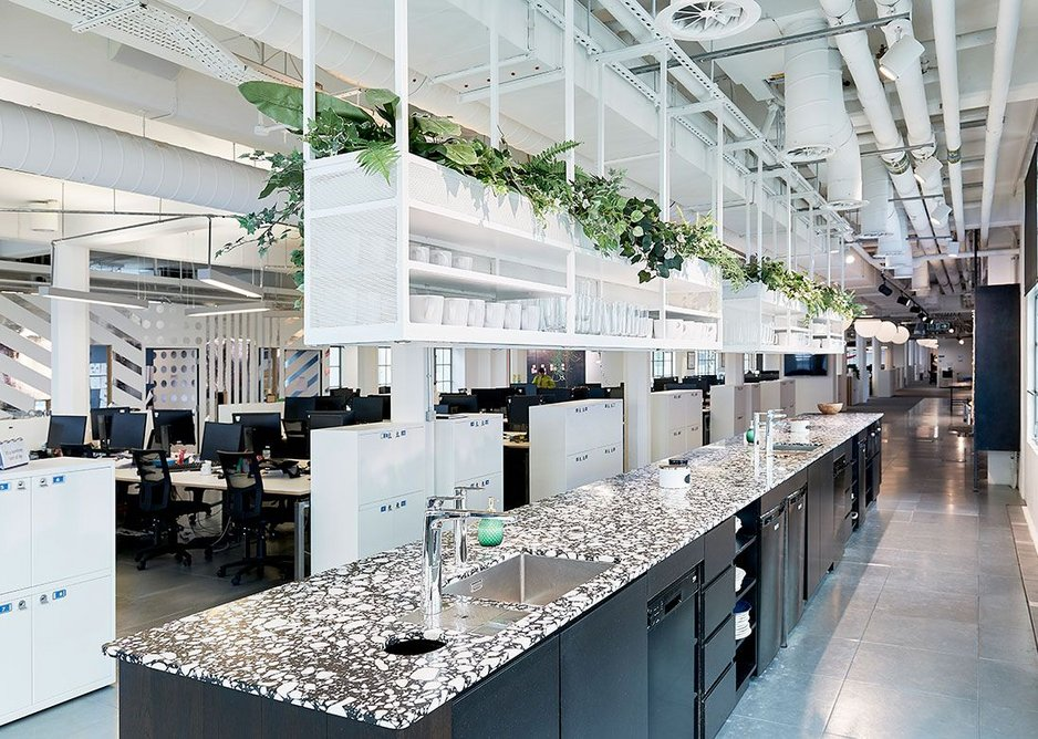 Two Billi Quadra Plus models with XL lever taps in Chrome at digital agency Wunderman's London office.