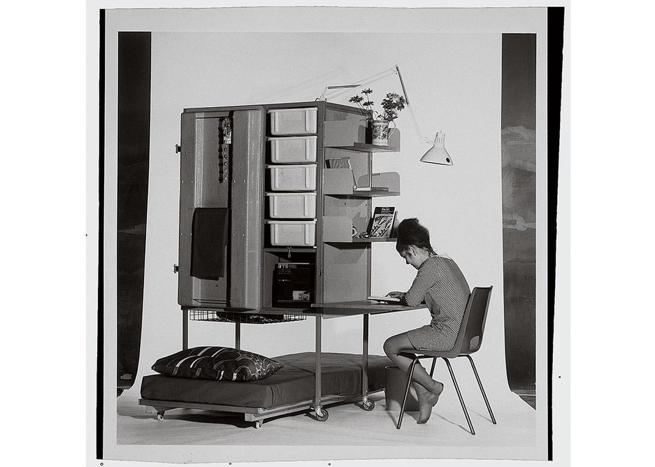 Student furniture trolley for the international student hostel in London designed by Farrell/Grimshaw Partnership, 1968.