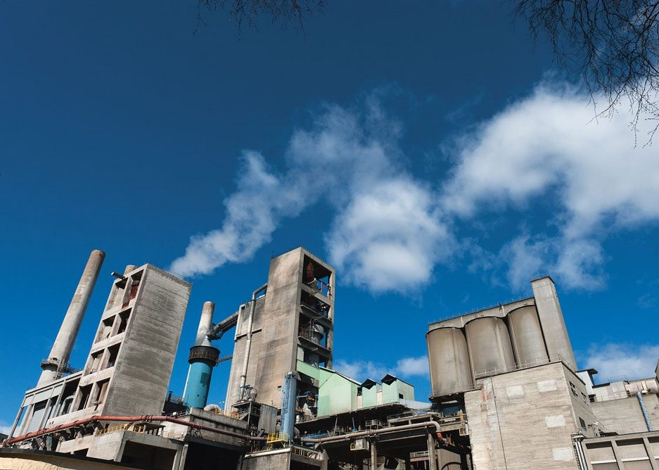 The plant aims to deliver an annual 400,000 tonne reduction in CO2 emissions.