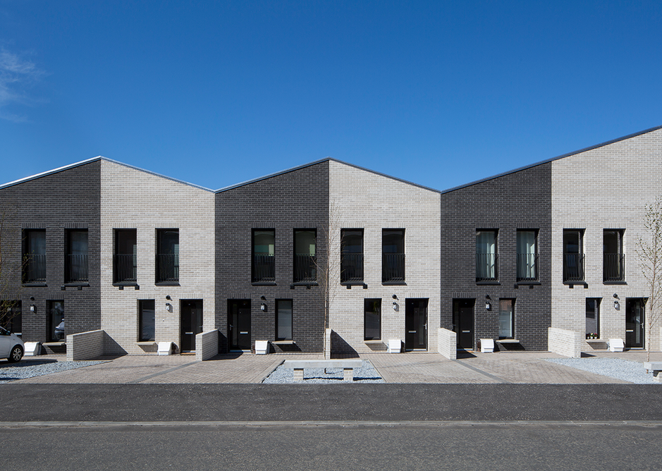 The £4 million Maryhill Locks 'private affordable' housing, with its piano nobile, is lent a continental dignity.