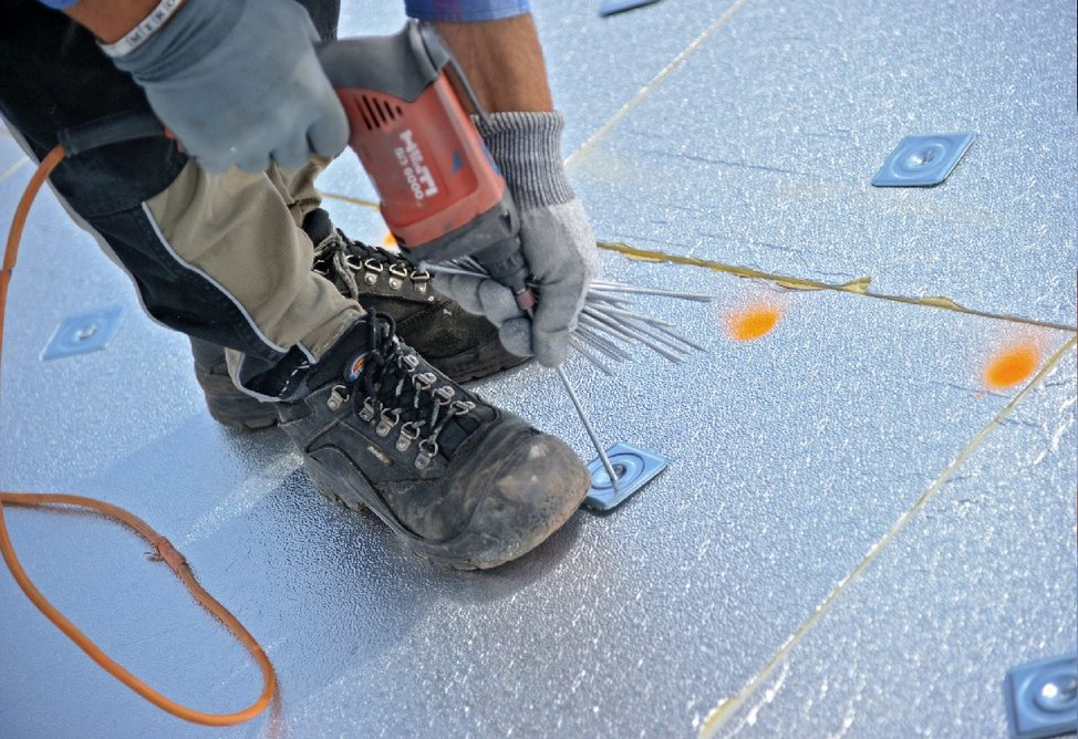 Gradient single-layer tapered insulation offers an excellent thermal, watertight roofing performance.
