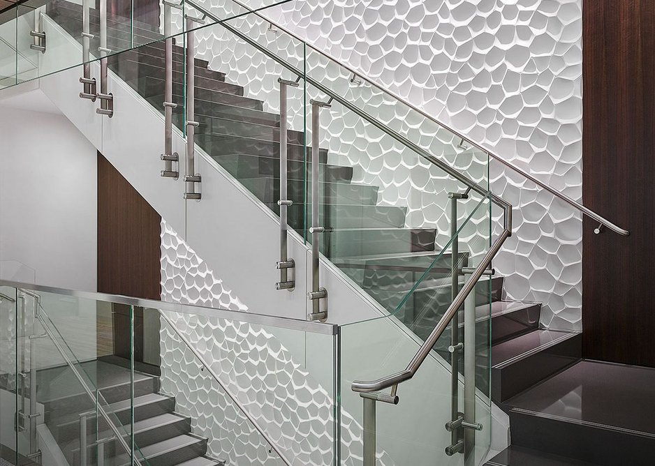 Konic handrail system at Cheniere Energy, Texas. PDR/HunterDouglas Architectural.
