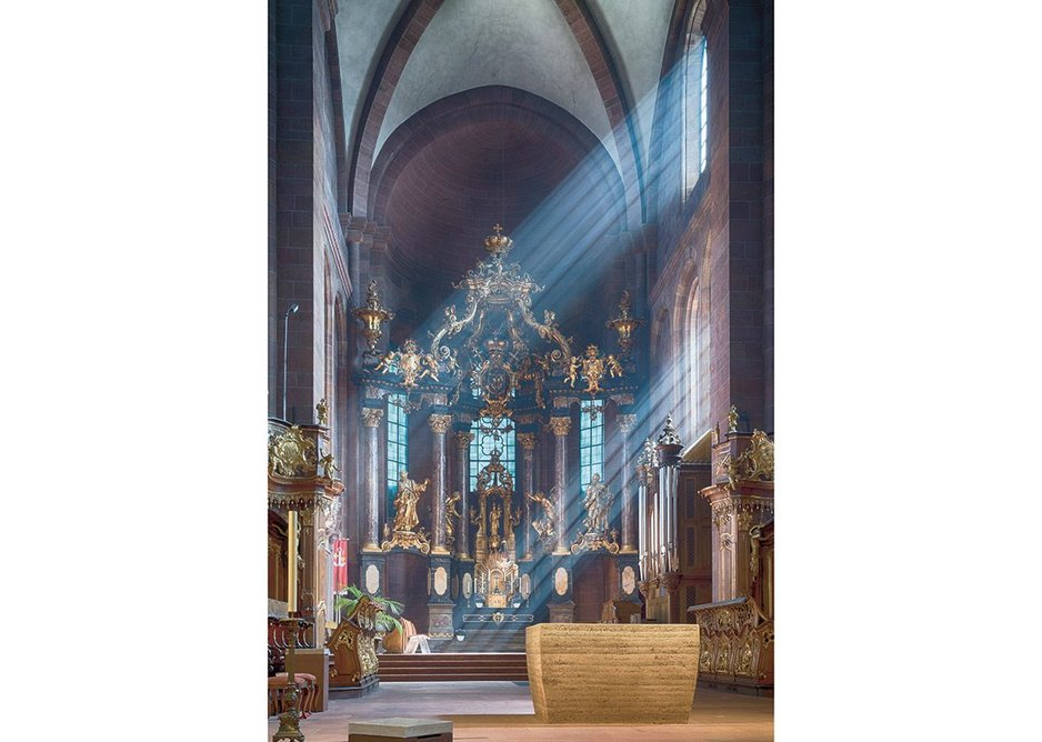 The new altar at Worms Cathedral was built by both priests and parishioners.