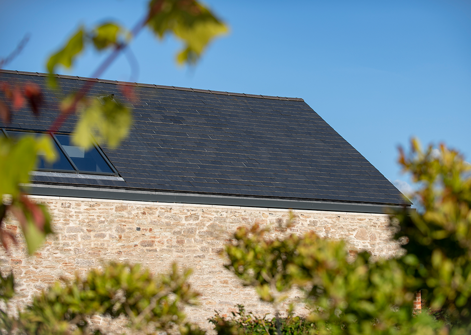 Thermoslate solar panels are undetectable once installed and can be adapted to pitched or flat roofs, terraces and facades.