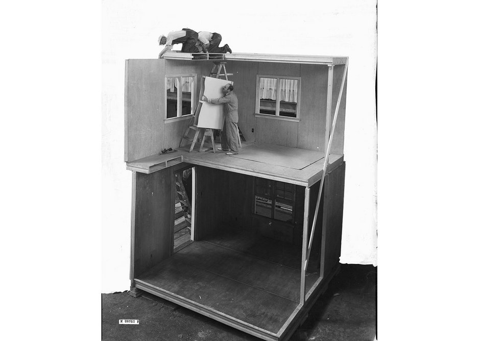 Full scale cross section showing FPL prefabricated construction built for the exhibition. Demonstration house built in 1937.