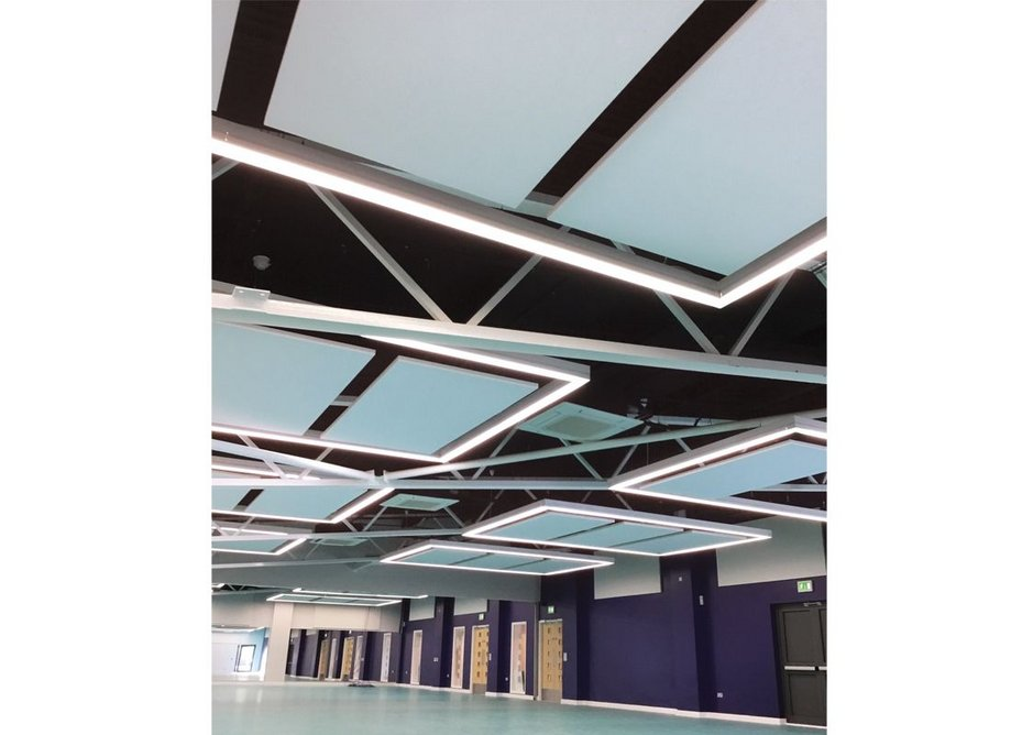 Rawlins Academy: ROCKFON Eclipse innovative suspended ceiling islands provide the highest performance in sound absorption