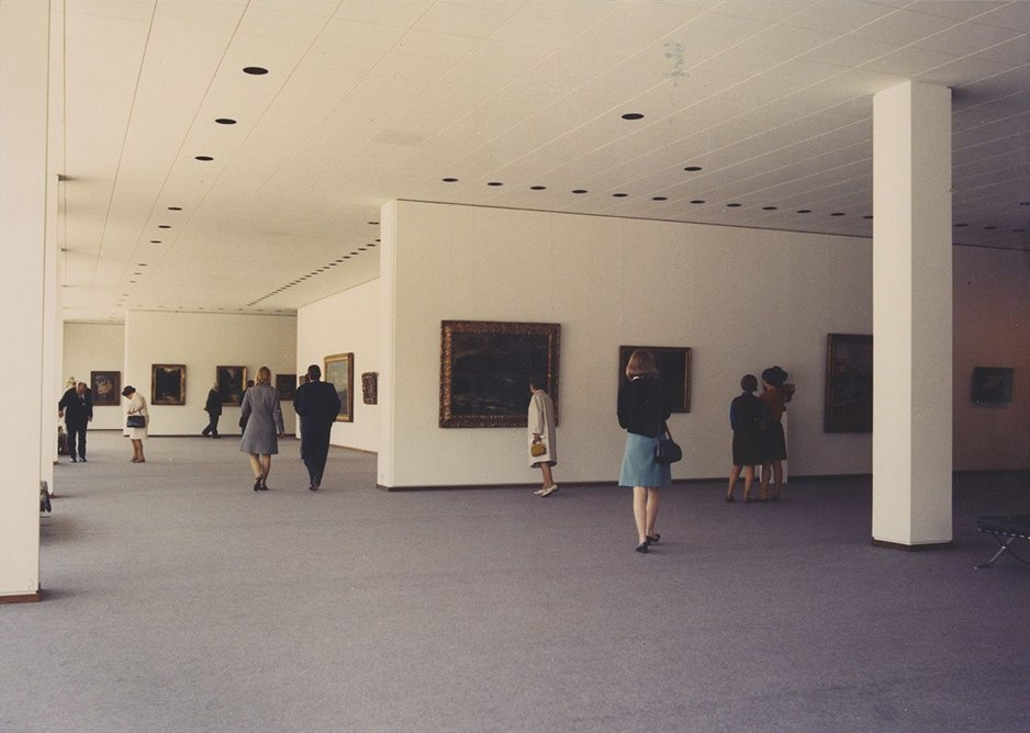 Mies' original carpet and suspended ceiling layout, while replaced, was maintained.