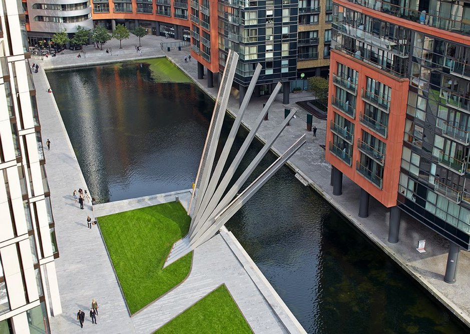 Extreme fabrication accuracy creates a novel and exciting structural bridge at Merchant Square. Knight Architects with steelwork by S H Structures.