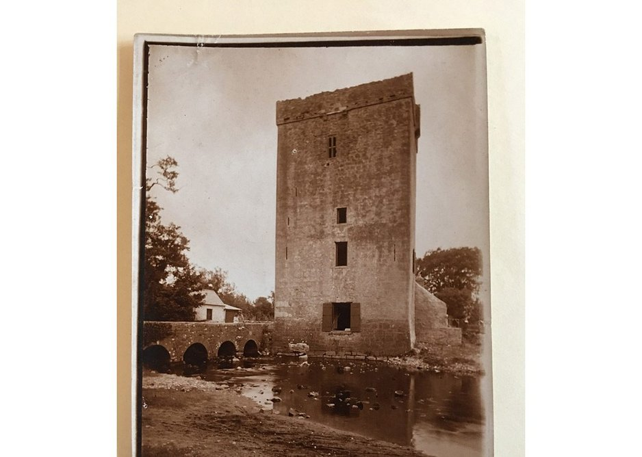 Thoor Ballylee, home of WB Yeats.  A rare contemporary photograph of the tower, early 1920s. The children sitting on the bridge parapet are probably Anne and Michael Yeats.