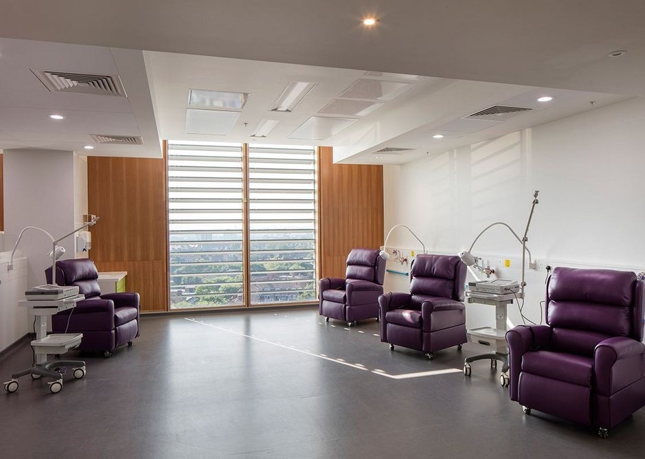 New Cancer Centre at Guy's Hospital by RSHP