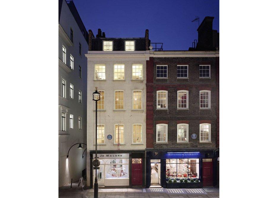 Handel House exterior. The Hendrix flat is on the upper left.