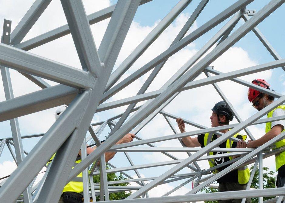 The structure of the funnel emerging on Kéré's Serpentine Pavilion.