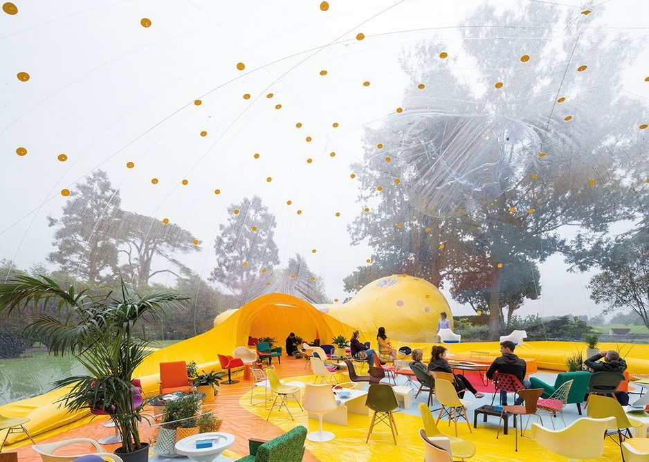 Second Dome, a pavilion for Second Home events, was commissioned from Dosis to help it get building experience.