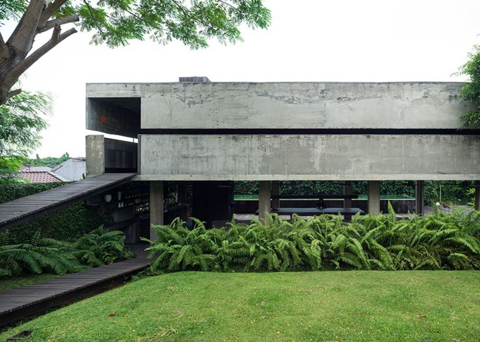 8 AM Residence exterior from garden, Jakarta, Indonesia, designed by Andramatin Architect.