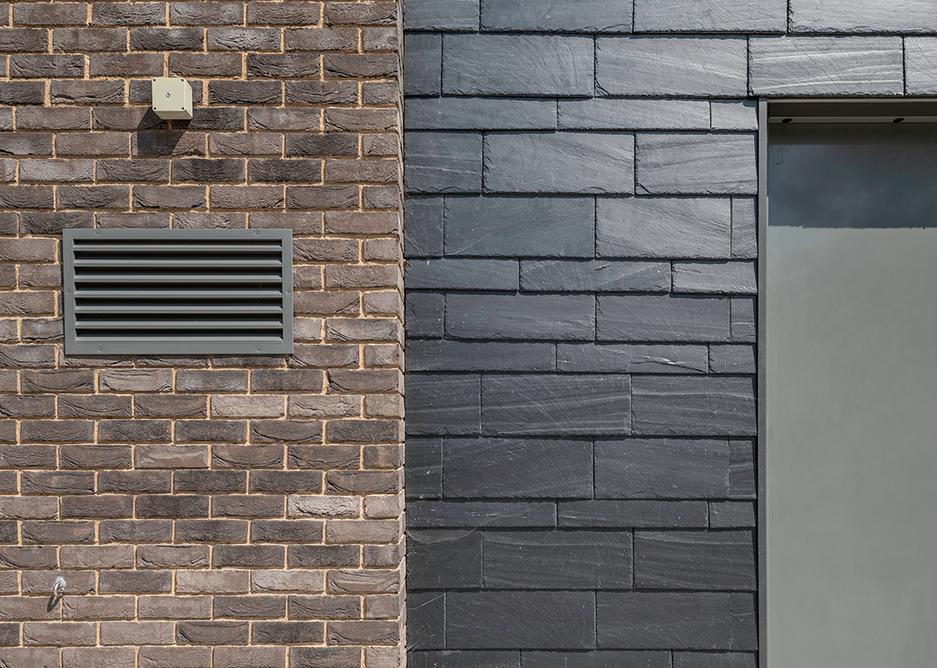 Cupaclad 101 Random makes creative and original exterior designs possible.