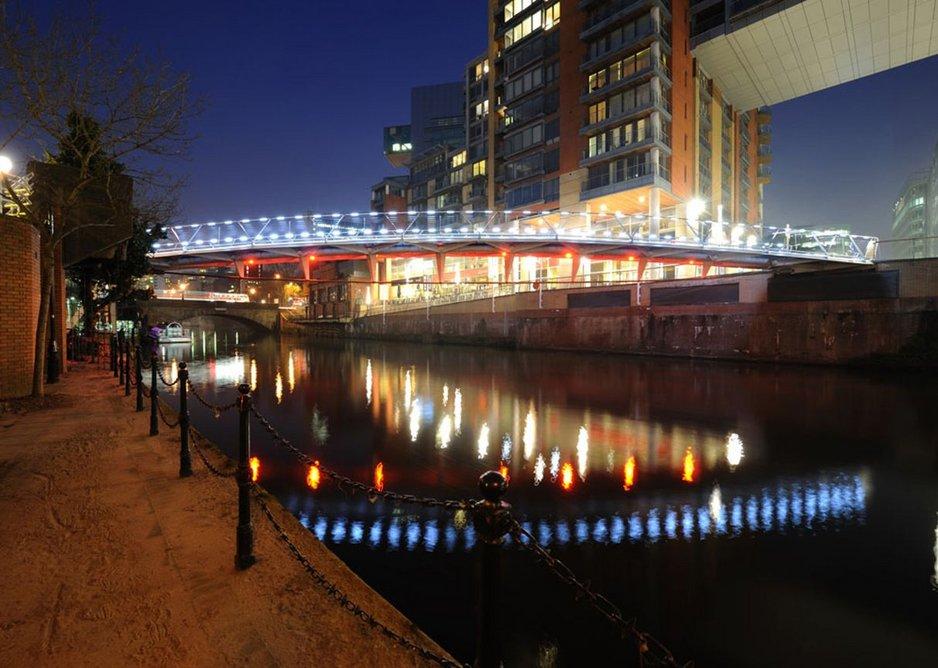 Spinningfields Bridge, Manchester (2011), by Ramboll.