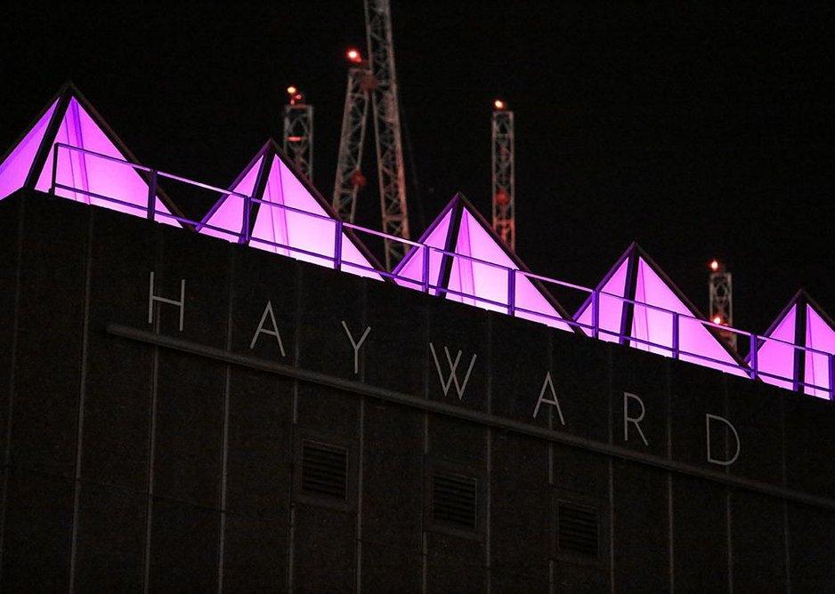 David Batchelor - Sixty Minute Spectrum (2017) lighting installation was commissioned to mark the re-opening of the Hayward Gallery after a refurbishment by FCB Studios.