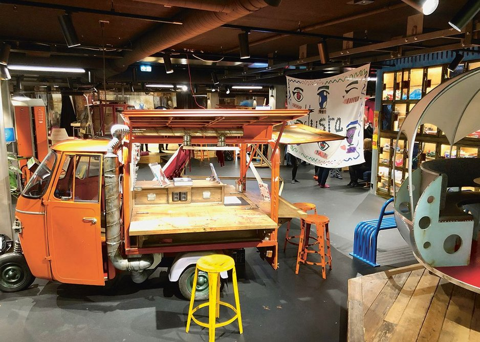Biblo Toyen provides an adult-free, after-school space for young teens which they co-designed and co-curate. Booths and repurposed vehicles and ski lifts provide intimate spaces.