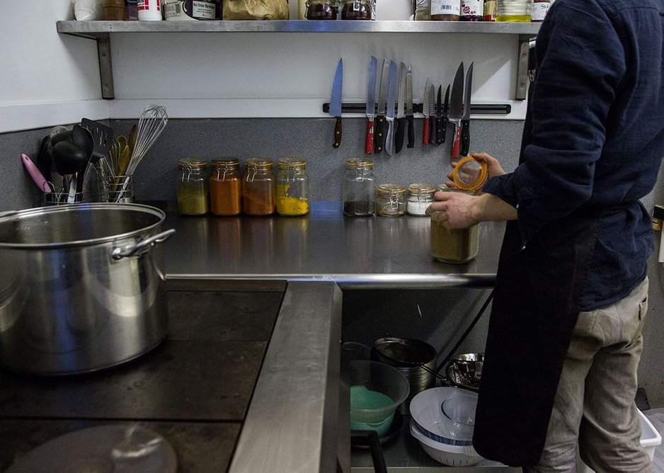 The kitchen where waste is transformed into good food