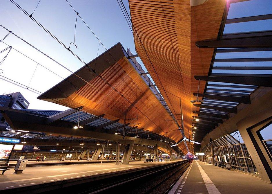 2007: Bijmer ArenA station, The Netherlands.