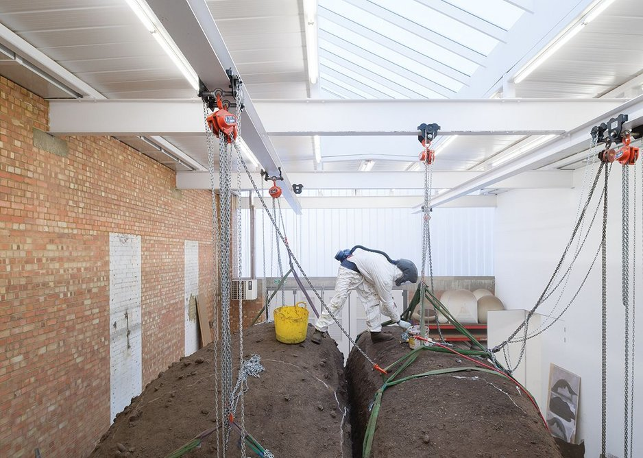 Steels not only support the new insulated roof and glazing, but act as a gantry for moving heavy sculptures.
