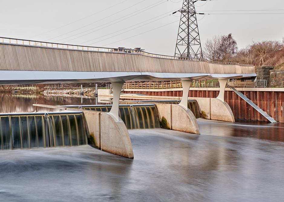 Knight Architects_Knostrop3 Knostrop Footbridge © Paul White