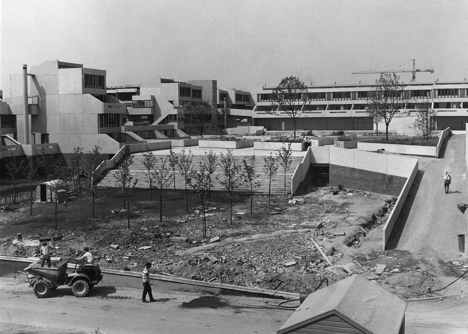 Thamesmead under construction.