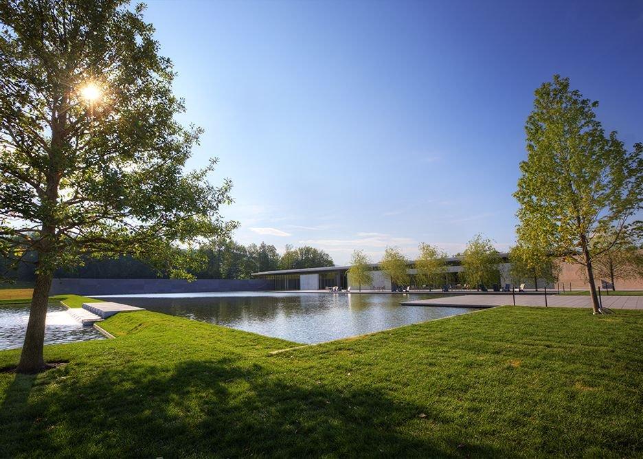 Clark Center reflecting pool.