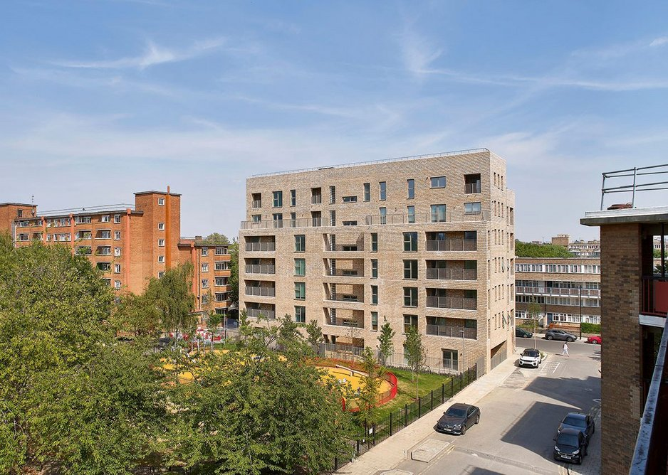 Levitas House redevelops a former car park to form a fourth, built side to complete Jubilee Square.