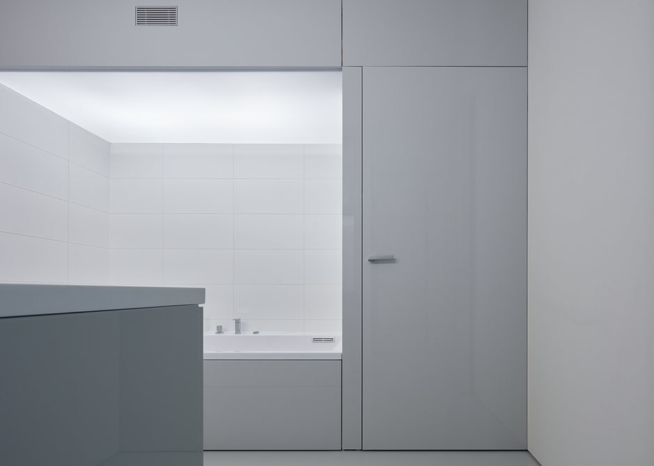 Smooth modern finishes have been used throughout.