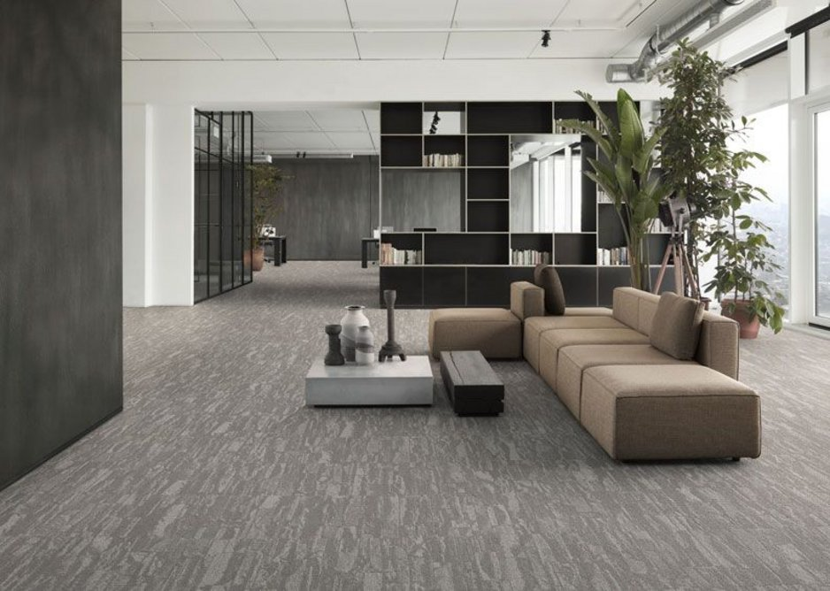 Each Desso Harvest carpet tile differs slightly from the next, reflecting the shifting patterns in nature.