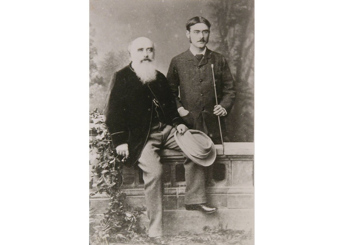 Lockwood Kipling with his son Rudyard Kipling, 1882.