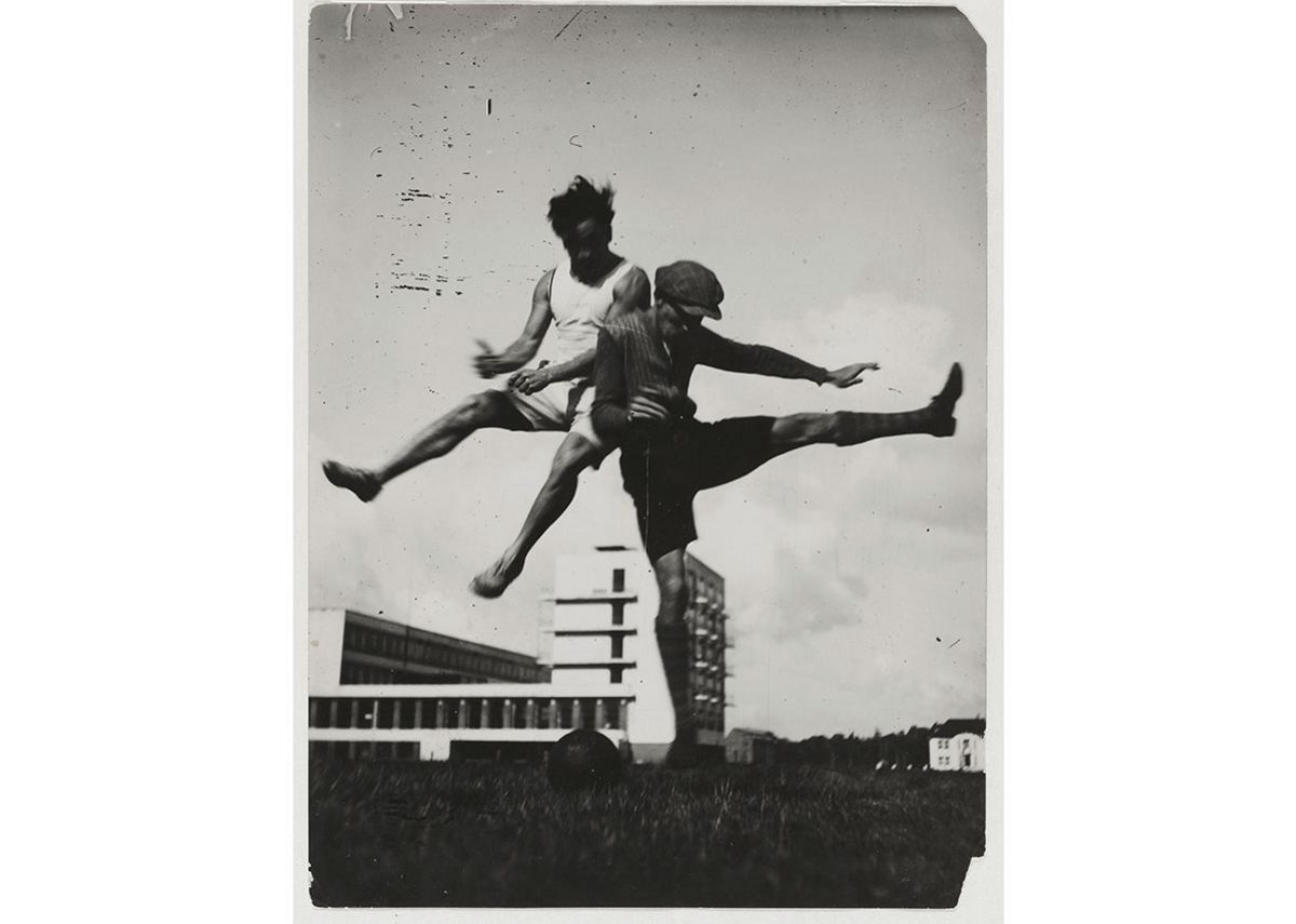 Jump above the Bauhaus.