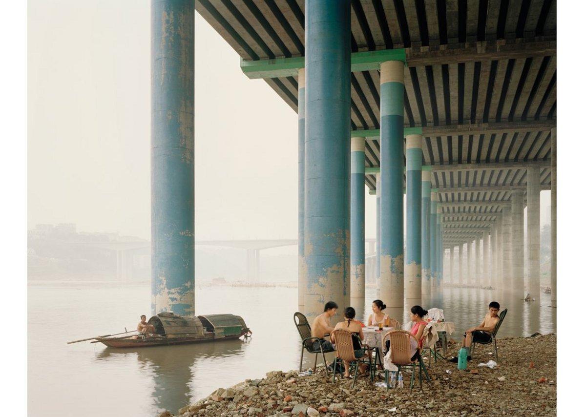 Nadav Kander, Chongqing IV (Sunday Picnic), Chongqing Municipality, 2006.