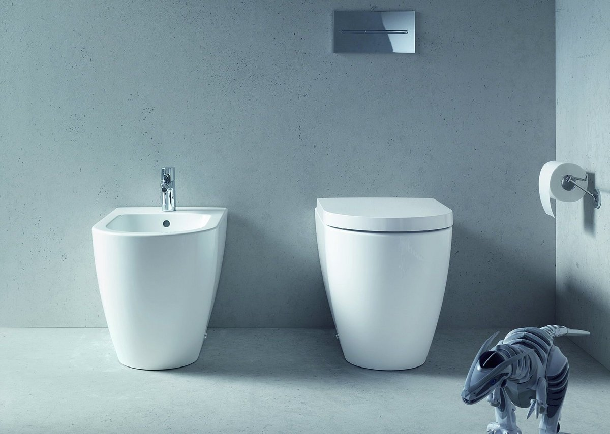 philippe starck in the bathroom for duravit ribaj. Black Bedroom Furniture Sets. Home Design Ideas