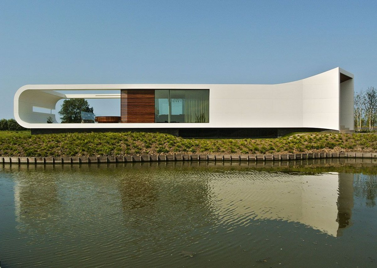 New Water Villa in Westland, the Netherlands, by Waterstudio