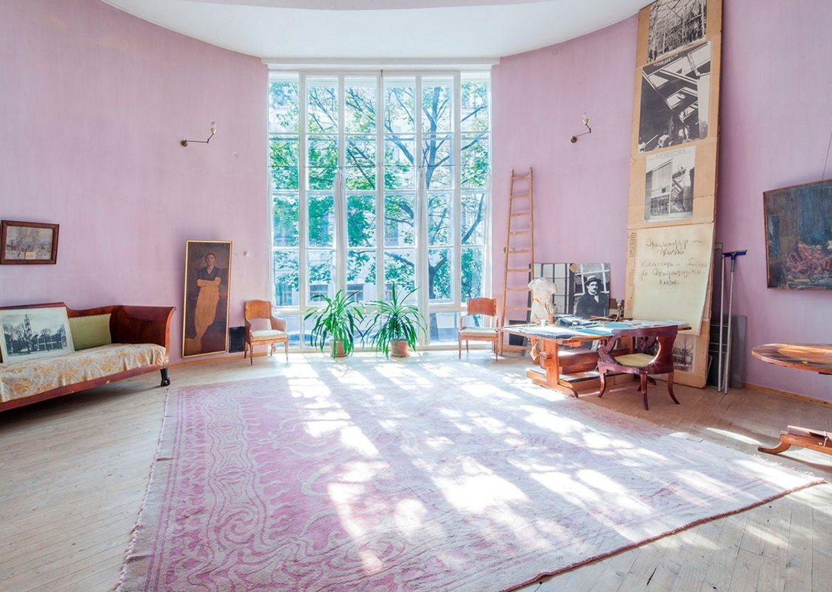 Melnikov House after restoration – view from the north of the first floor living room.