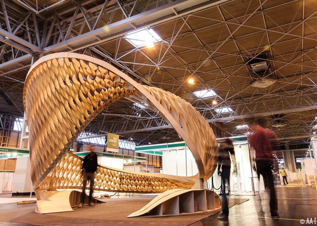 Small project –The TWIST, by the Architectural Association at Timber Expo 2015. Gone but not forgotten, a dramatic geometrical experiment in plywood.