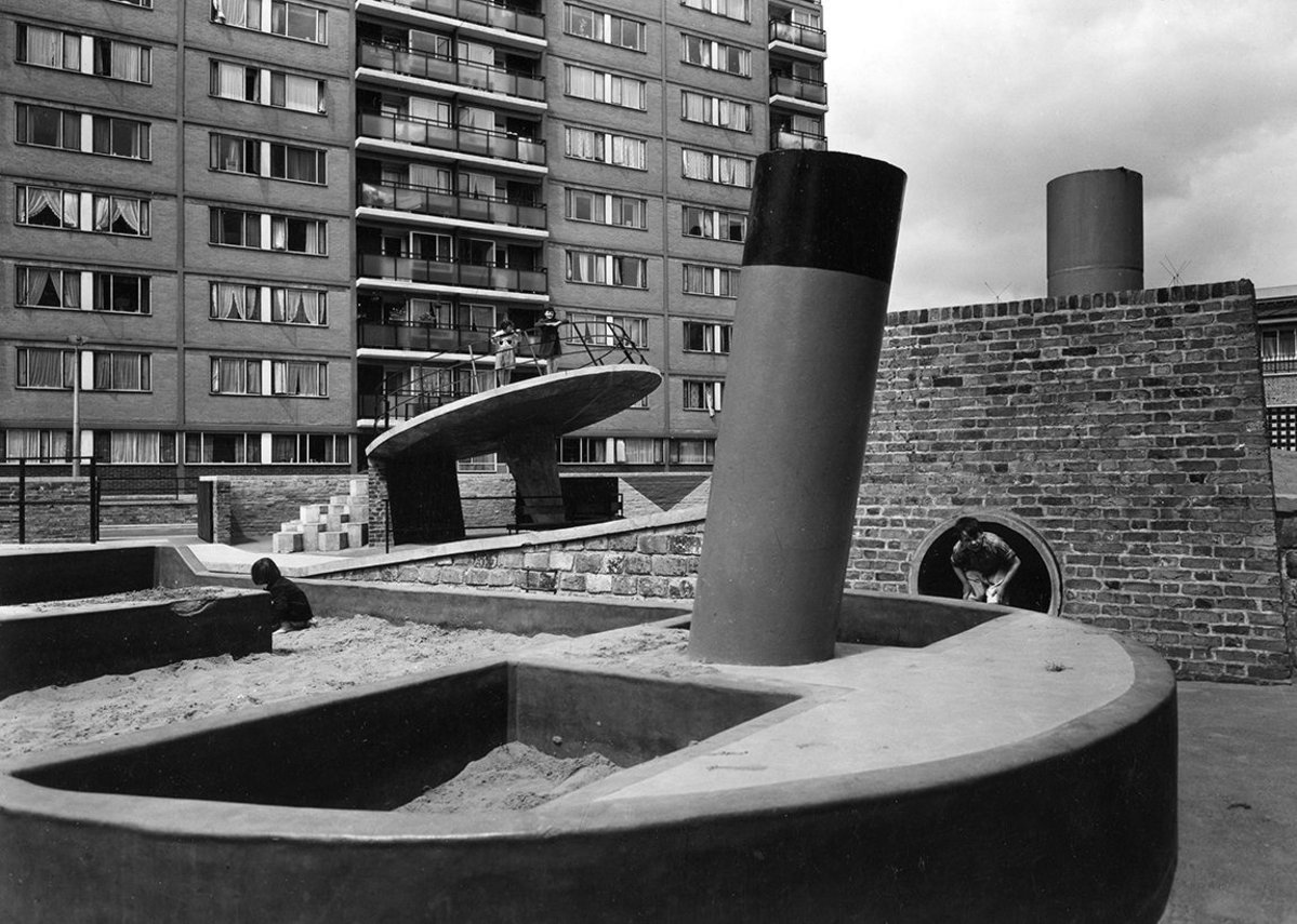 Churchill Gardens, 1956 (Credit John Maltby - RIBA Library Photographs Collection).