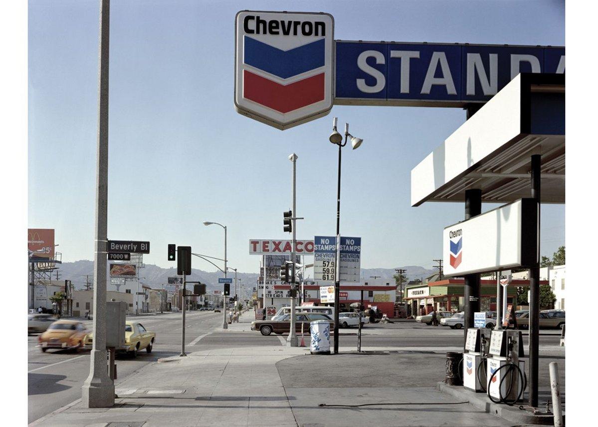 Stephen Shore, Beverly Boulevard and La Brea Avenue, LosAngeles, CA, 21 June 1974.
